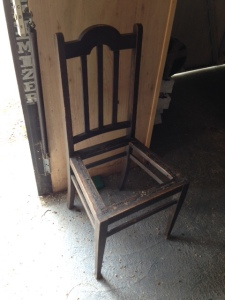 oak chair - de tacked